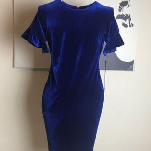 Calvin Klein Women's Velvet Short Sleeve Blue 8P H